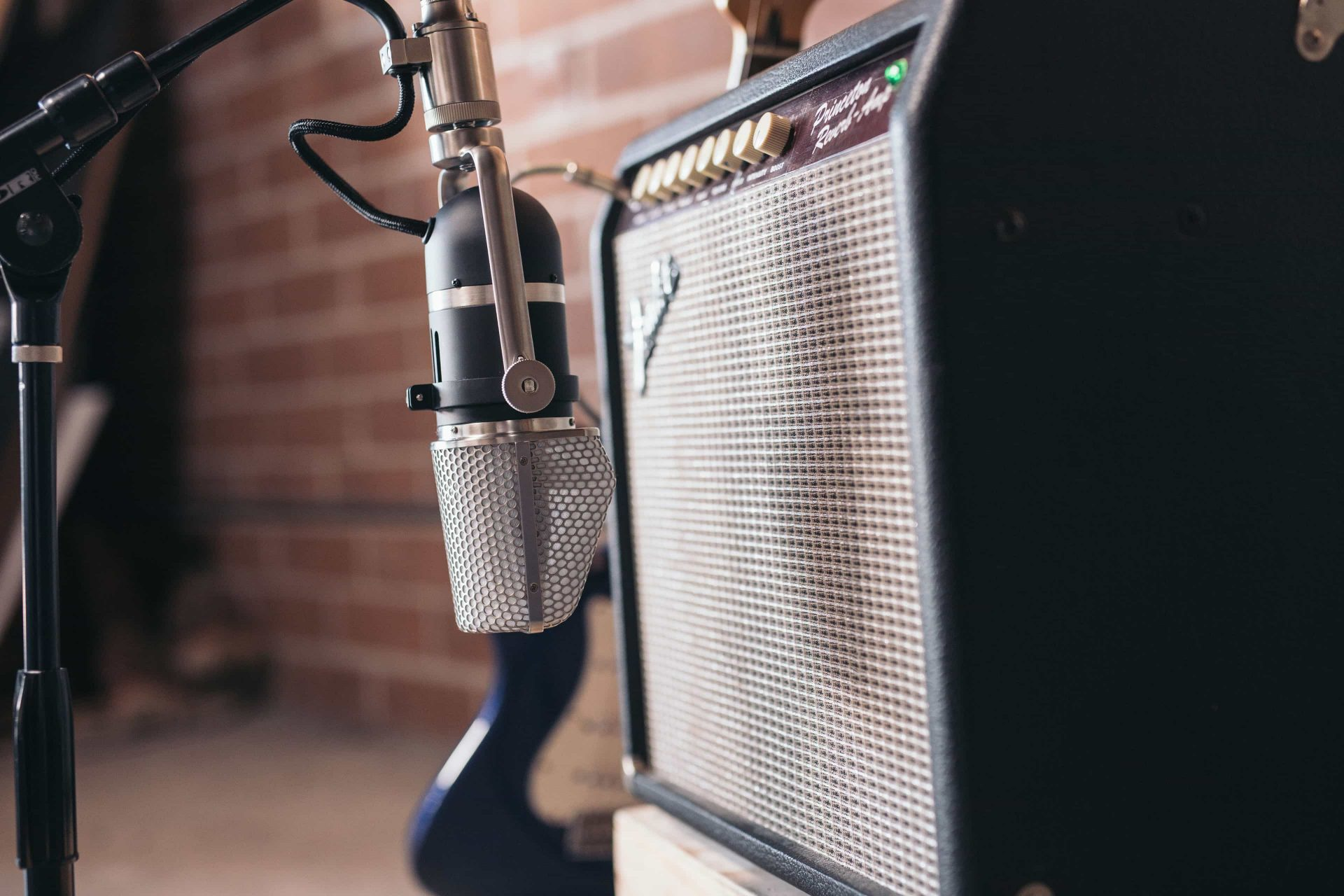 how to record electric guitar with the ku4 aea ribbon mics preamps. Black Bedroom Furniture Sets. Home Design Ideas