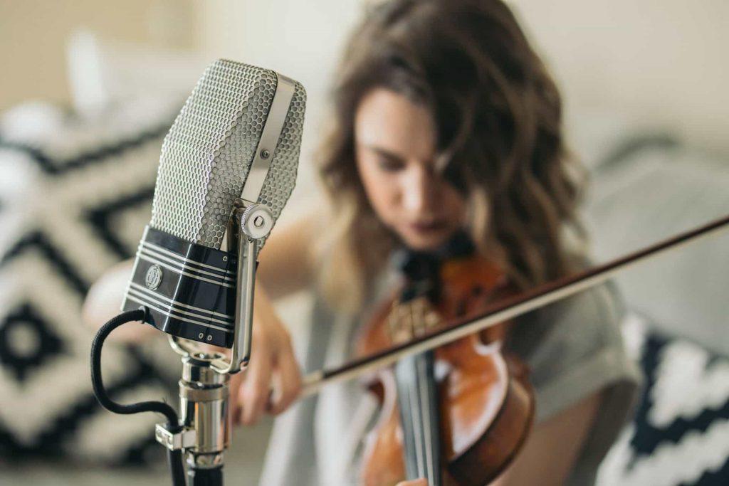 R44-Violin